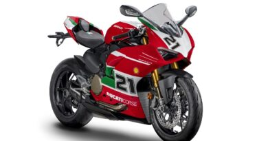 ducati panigale v2 troy bayliss edition front right side