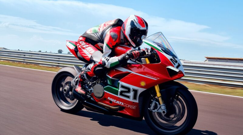 ducati panigale v2 troy bayliss edition being riding