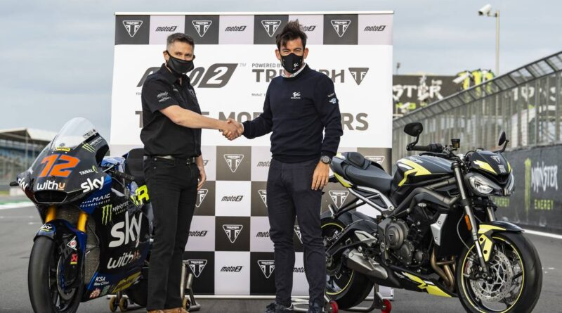triumph moto2