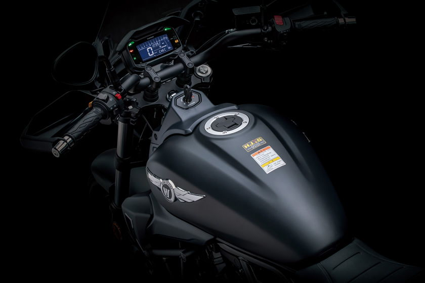 2022 haojue tr300 custom cruiser fuel tank and dashboard