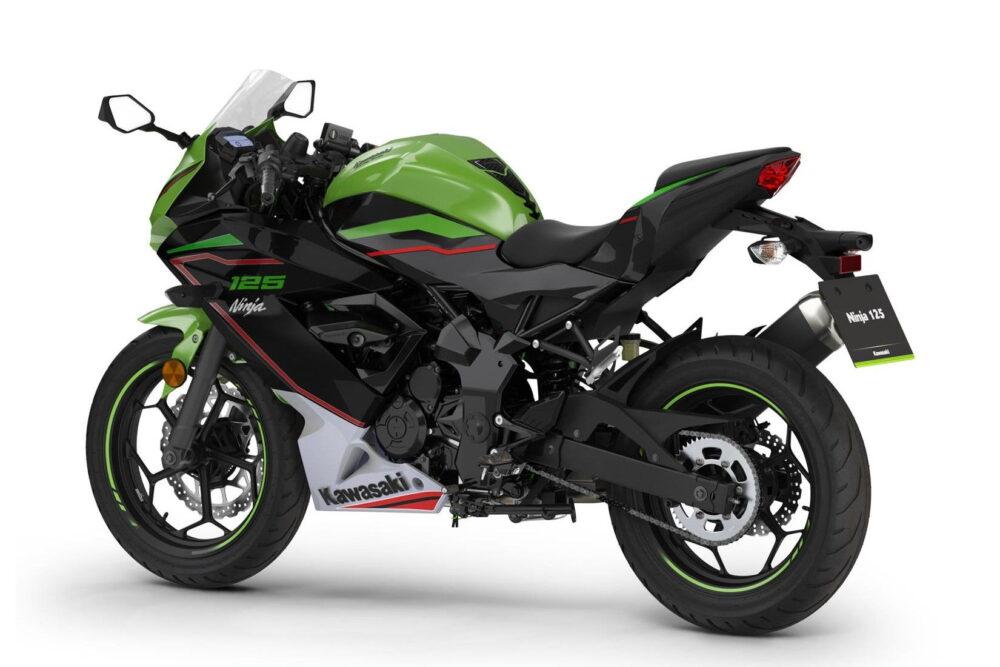 2022 ninja 125 green back