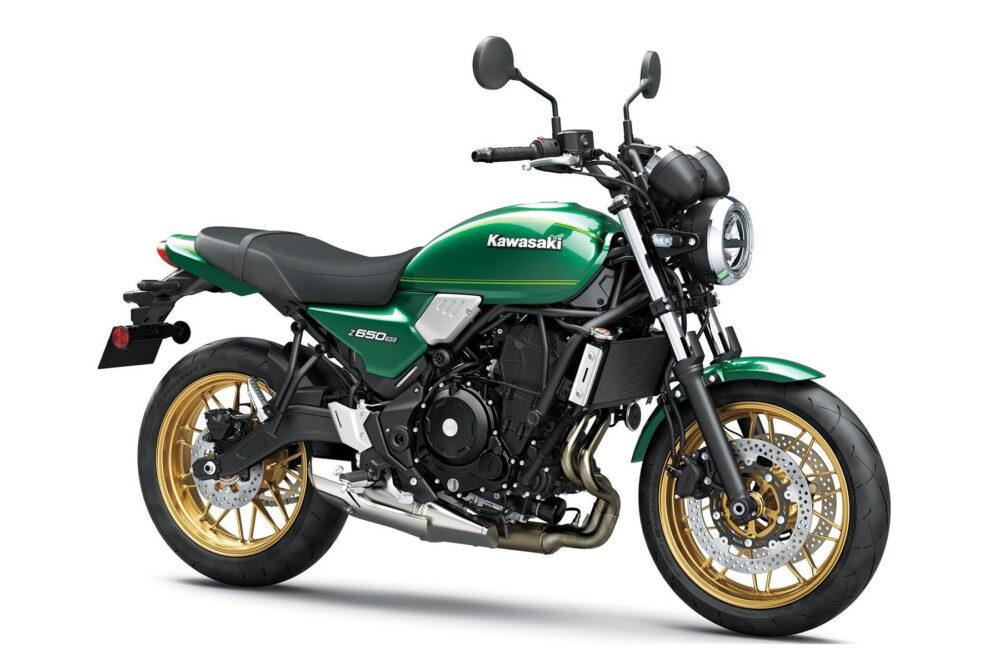2022 kawasaki z650rs green front