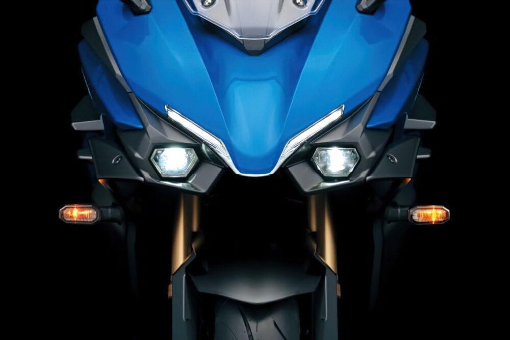 2022 suzuki gsx-s1000gt front detail