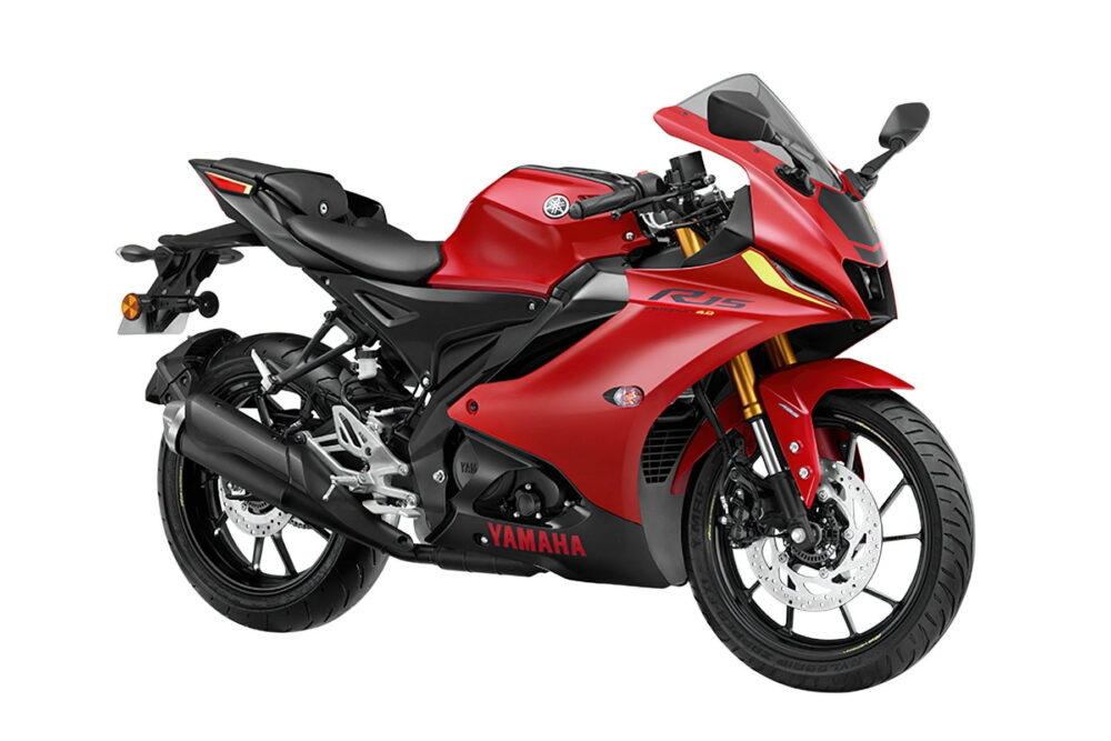 2022 yamaha r15 version 4 red front