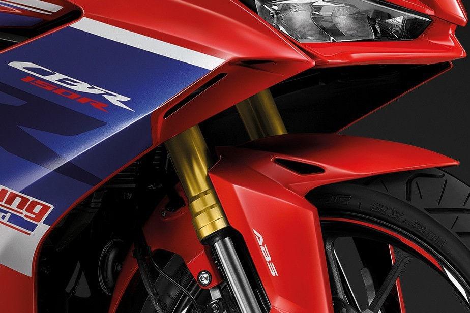 2022 honda cbr 150r front suspension detail